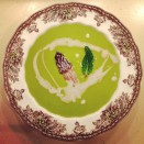Pea soup with mint and morel cream